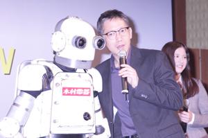 矢口史靖監督とロボジー