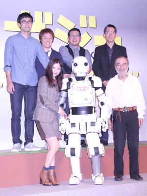 映画『ロボジー』完成報告会見