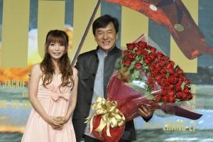 中川翔子「命の恩人」ジャッキー・チェンと再会に感激