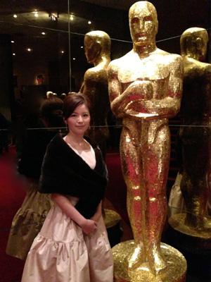 中野美奈子とオスカー像