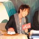 佐藤健『カノ嘘』台湾会見で嘘発見器?!を体験