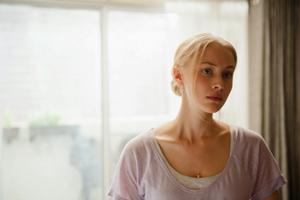 女優サラ・ガドン『複製された男』