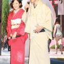 和装の菅野美穂と小泉孝太郎、映画『ベイマックス』来日会見にて