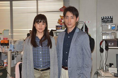 小西真奈美と小泉孝太郎「死の臓器」撮影現場にて