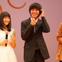 山﨑賢人、思わず頭をポリポリと照れまくり、映画『orange』完成披露試写会舞台あいさつ