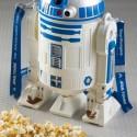 「R2-D2」モチーフのポップコーンバケット、東京ディズニーランドのパーク内にて販売中