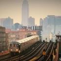 鉄道、映画『ニューヨーク 眺めのいい部屋売ります』(原題 5 Flights Up )より