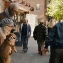 夫アレックスと妻ルースと愛犬ドロシー、映画『ニューヨーク 眺めのいい部屋売ります』より