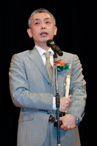映画『恋人たち』の橋口亮輔監督、第89回キネマ旬報ベスト・テン表彰式にて