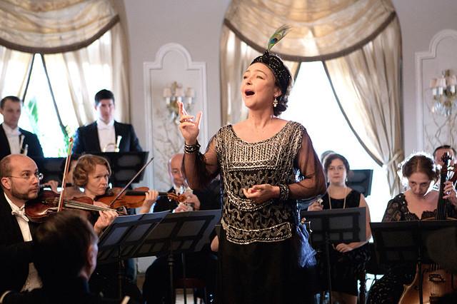 仏映画『偉大なるマルグリット』誰が聴いても音痴なソプラノ歌手の半生