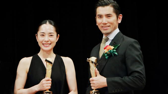 次回作『永い言い訳』では夫婦役の深津絵里と本木雅弘、 第89回キネマ旬報ベスト・テン表彰式にて
