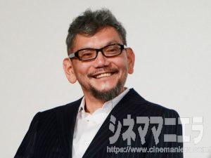 笑顔を見せた庵野秀明監督、映画『シン・ゴジラ』完成報告会見にて