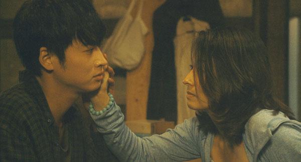 場面写真2、映画『函館珈琲』(西尾孔志監督)より