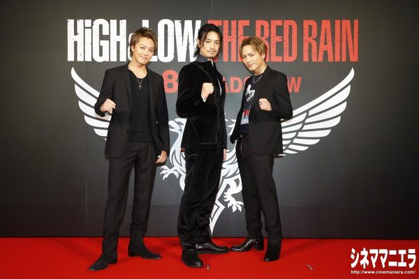 左からTAKAHIRO、斎藤工、登坂広臣