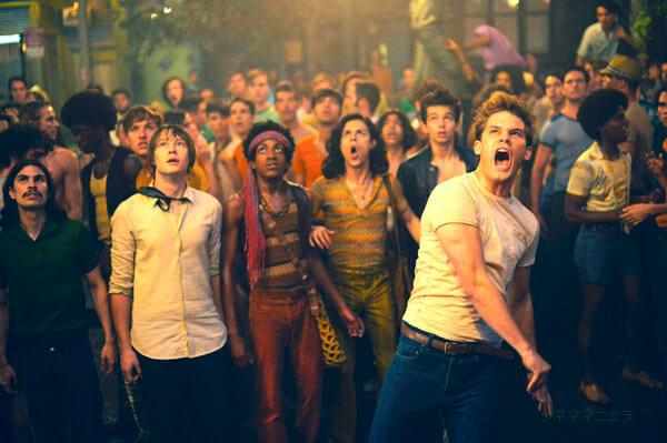 映画『ストーンウォール』LGBT権利運動の発祥をベースに愛と青春の痛みを描く