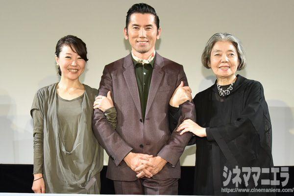 左から西川美和監督、本木雅弘、樹木希林、映画『永い言い訳』特別試写会トークイベントにて