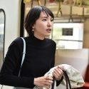 星野源扮する平匡から突然キスを受けたみくり=ガッキーが駅のホームで・・・、ドラマ「逃げ恥」第7話より