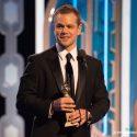 主演男優賞を受賞したマット・デイモン、第73回ゴールデングローブ賞授賞式にて