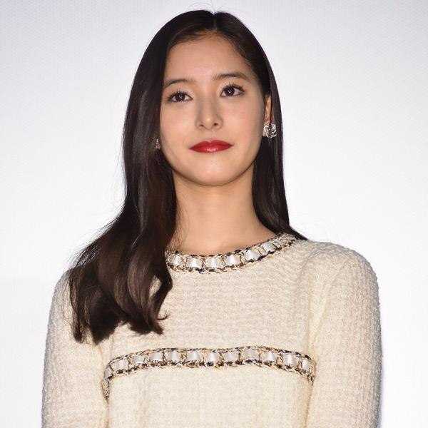 新木優子、映画『僕らのごはんは明日で待ってる』初日舞台挨拶