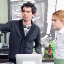 ミア(エマ・ストーン)がバリスタとして働く映画スタジオ内のカフェは、内観は、映画のために作られたセット【トリビア】