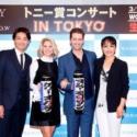左から井上芳雄、ケリー・オハラ、マシュー・モリソン、濱田めぐみ