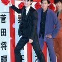 菅田将暉、選挙を模して、当確ボードに花を!