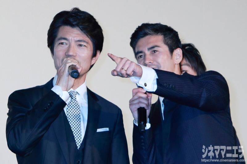 仲村トオル×伊藤英明、客席の海上保安庁シャツを発見!