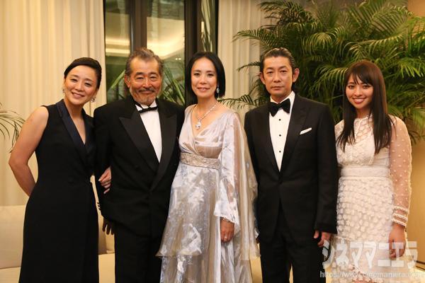 河瀨直美監督の映画『光』カンヌ映画祭公式上映にドレスアップして登場