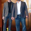 左からヒュー・ジャックマン、ジェームズ・マンゴールド監督の全身、映画『LOGAN/ローガン』来日会見にて