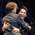 中川大志、ジョニー・デップのハグに満面の笑み