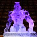 小阪芳史さん作「クレイジー・ダイヤモンド」巨大氷彫刻
