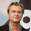 ノーラン監督は「ダンケルクでは人が目をそむけたくなるホラー映画ではなく、にとの目が釘付けになるサスペンス映画を目指した」と説明