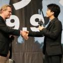 岩田にはサプライズで、監督からは本作の「サイン入りの完全脚本(英語版)」をプレゼントされる一幕も