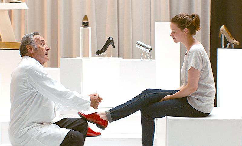ジュリーと恋と靴工場(原題 Sur quel pied danser )