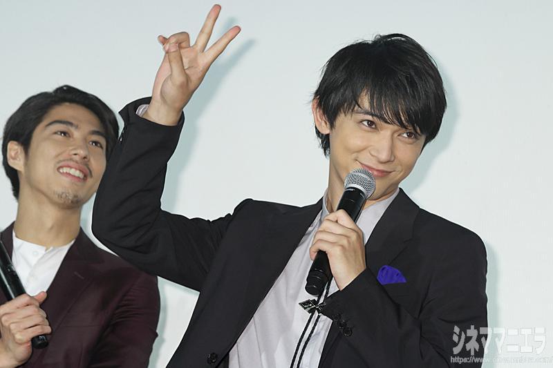 微笑み王子の吉沢亮、ファンサービス中