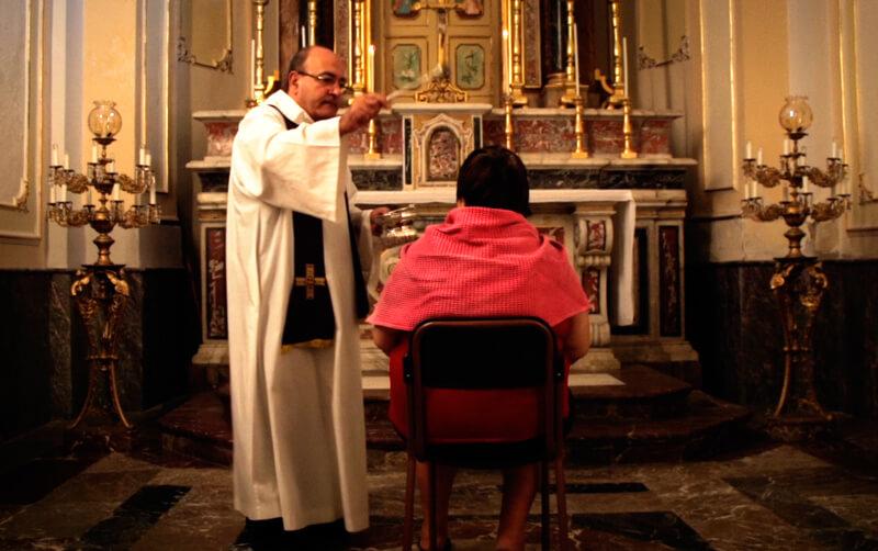 悪魔祓い、聖なる儀式(原題 liberami )
