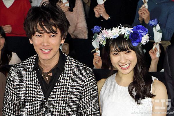 佐藤健と土屋太鳳、映画『8年越しの花嫁 奇跡の実話』で夫婦役