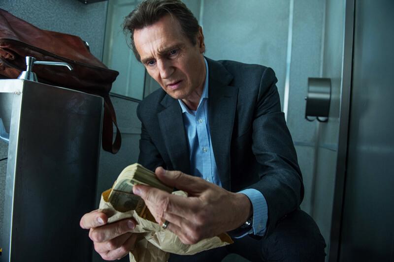 マイケル(リーアム・ニーソン)に「報酬10万ドル」のミッションが、映画『トレイン・ミッション』より