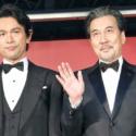 左から江口洋介、役所広司、映画『孤狼の血』完成披露試写会フォトコールにて