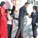 ライアン・レイノルズとToshI(X JAPAN)握手
