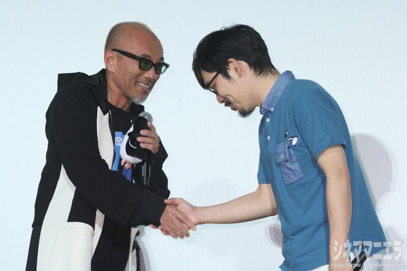 左から竹中直人、石田祐康監督