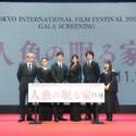 左から堤監督、山口紗弥加、西島秀俊、篠原涼子、坂口健太郎、川栄李奈