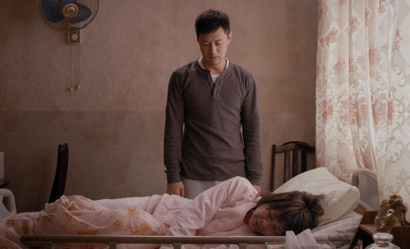 トン(ショーン・ユー)と母(エレイン・ジン)