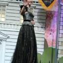 エミリー・ブラントの黒ドレスが素敵!