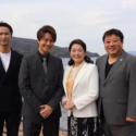 左から秋山真太郎、TAKAHIRO、松坂慶子、錦織良成監督