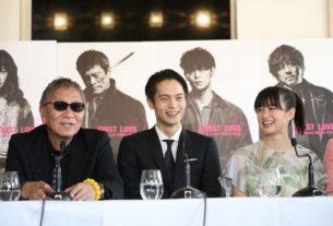 左から三池崇史監督、窪田正孝、小西桜子
