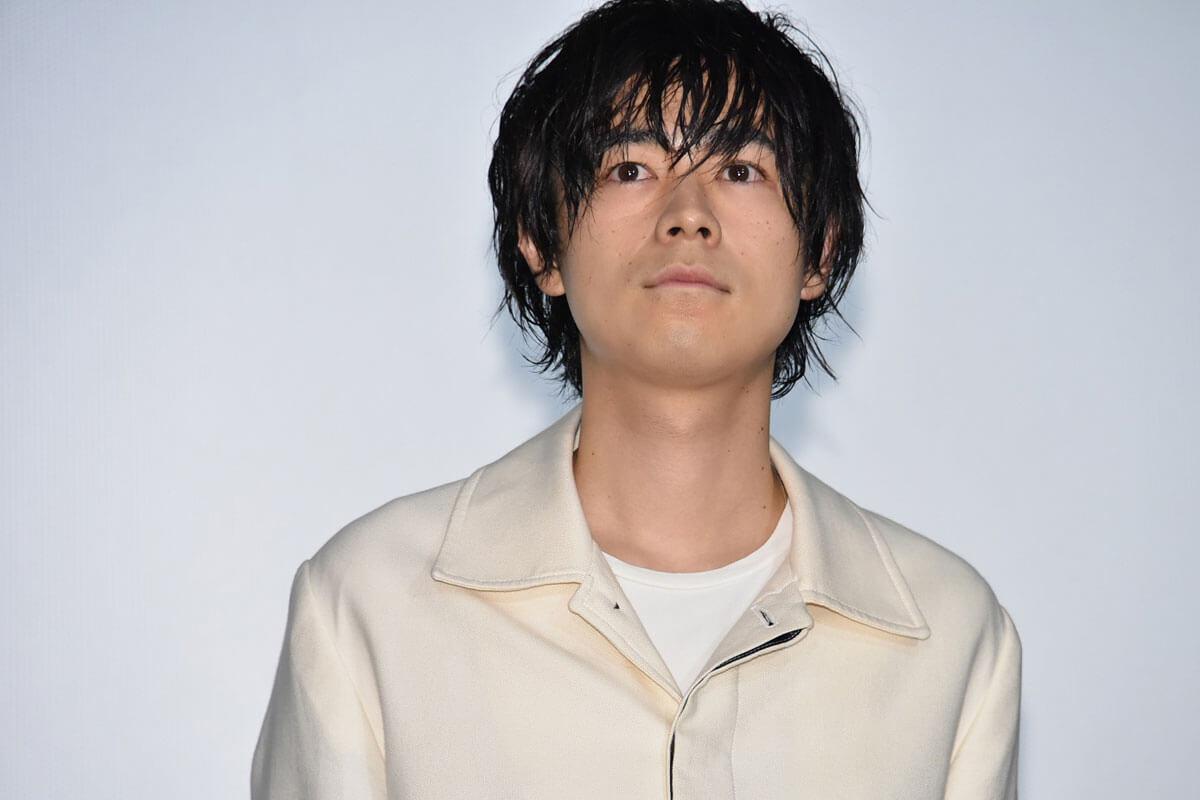 成田凌、映画『さよならくちびる』初日舞台挨拶にて