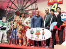 左からダイアモンド☆ユカイ、所ジョージ、マーク・ニールセンP、ジョシュ・クーリー監督、唐沢寿明、竜星涼
