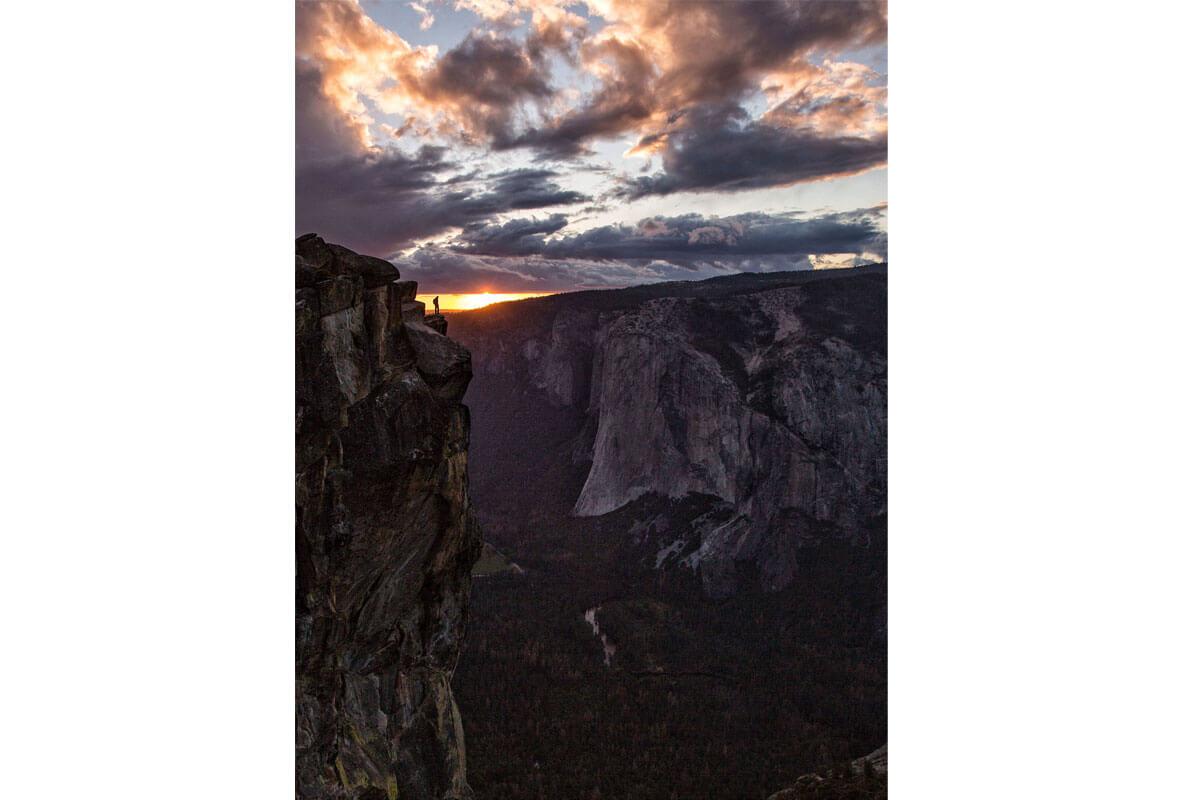 映画『フリーソロ』山の日記念写真