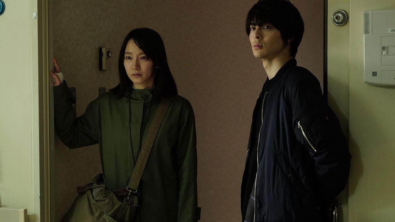 吉岡里帆と高杉真宙、映画『見えない目撃者』より